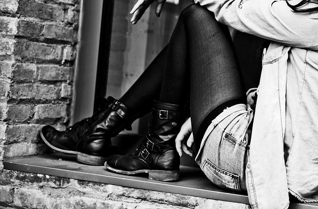 Tacerea femeilor si riscul de a face depresie