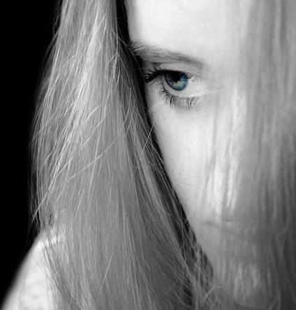 Cum traim cu depresia? Femeile si depresia.