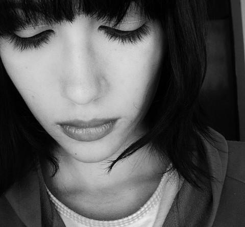Destainuiri – Ce m-a ajutat sa fac fata depresiei…si alte ganduri despre depresie